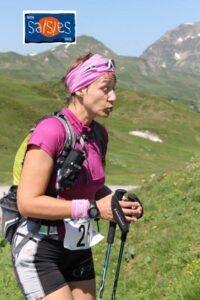 Vinciane, en plein effort, lauréate du séjour offert par l'office de tourisme des Saisies.